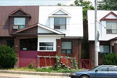 - Greenwood Ave - E1138051