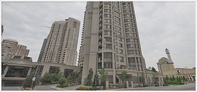 - Duke Of York Blvd - W3500242