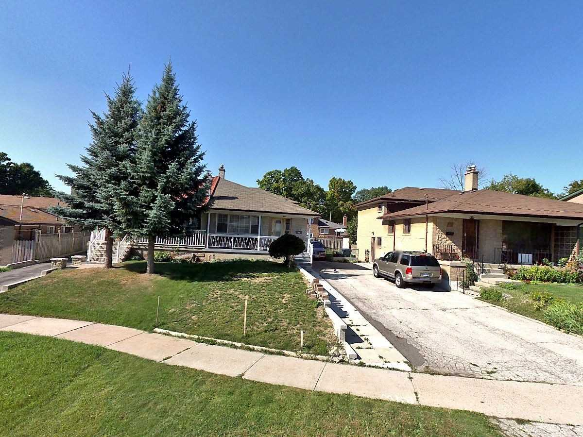 - Clayhall Cres - W4456306