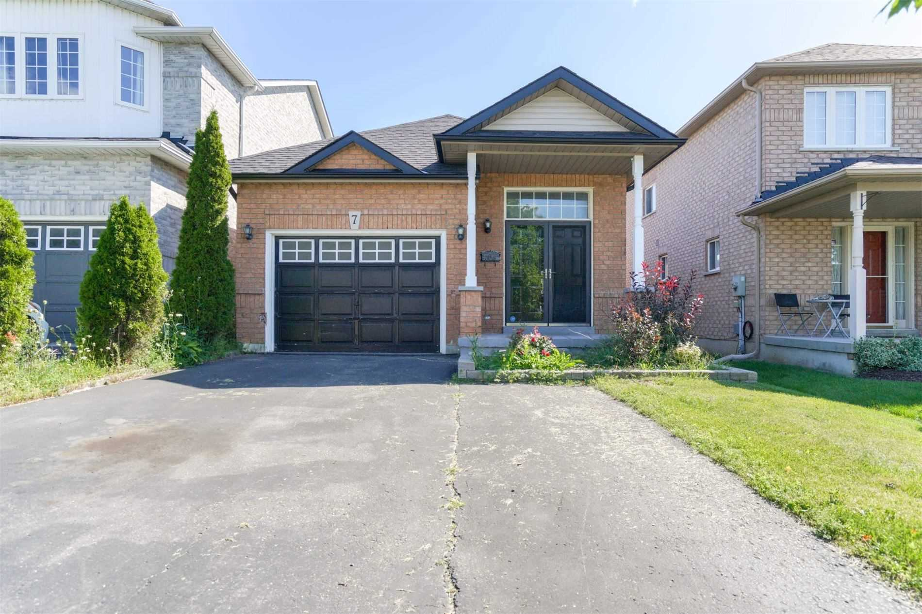 Eastfield Cres - E4563417