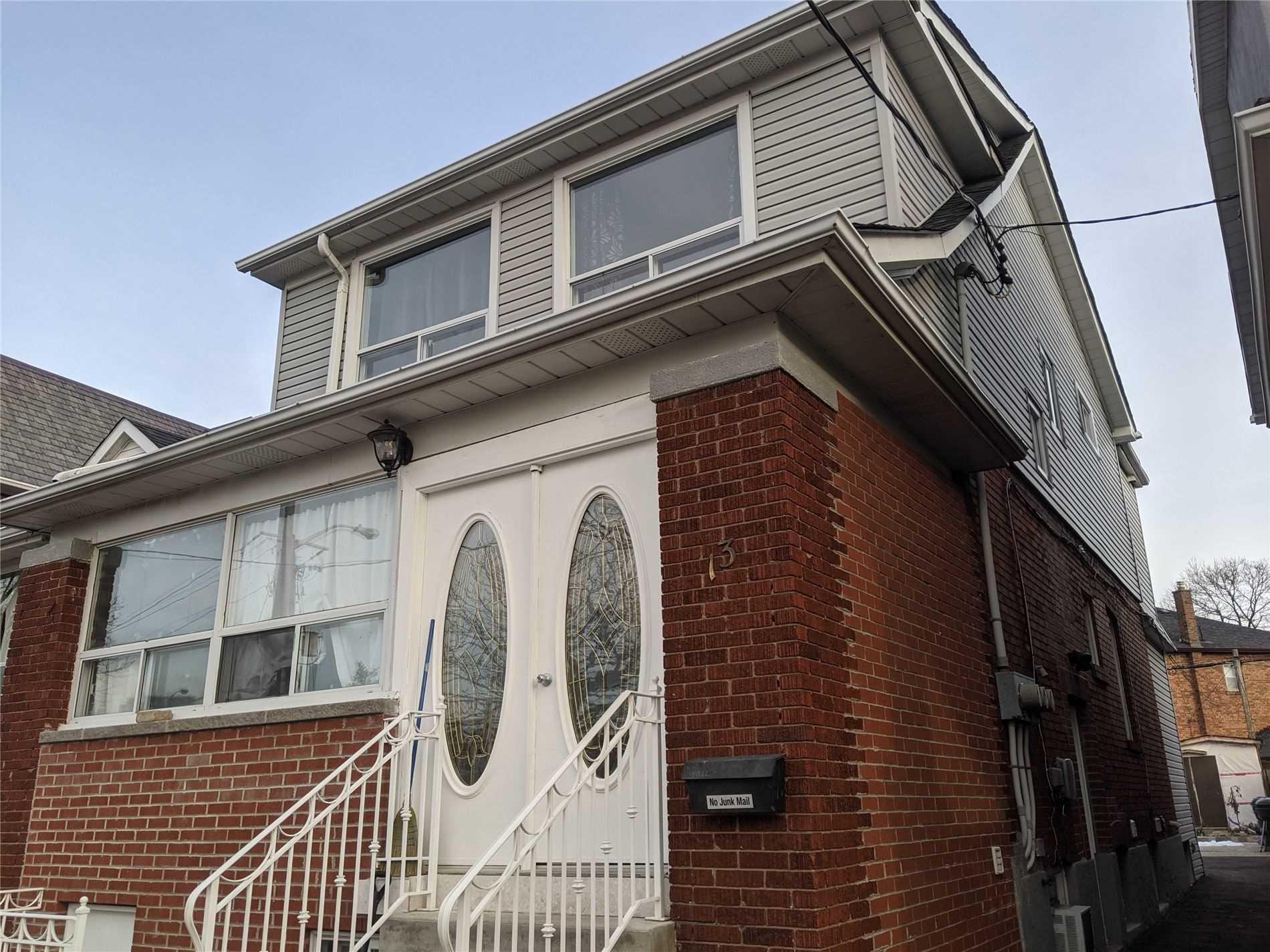 13 Bansley Ave - C5097522 - $1,298,000