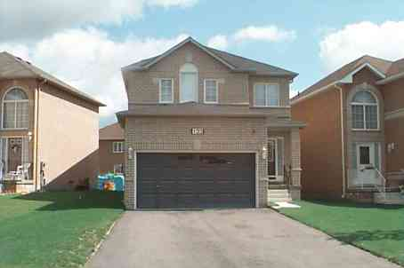 - Royal Ridge Cres - N1803599