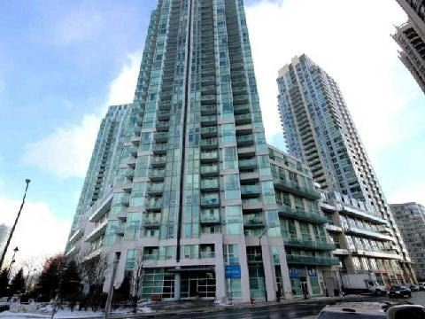 - Duke Of York Blvd - W3148608
