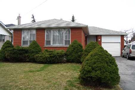 - Renforth Dr - W1089632