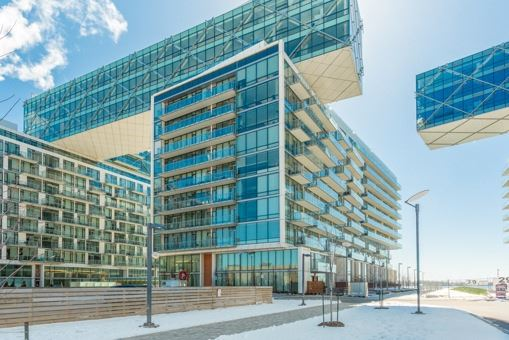 - Queens Quay Way - C3622658