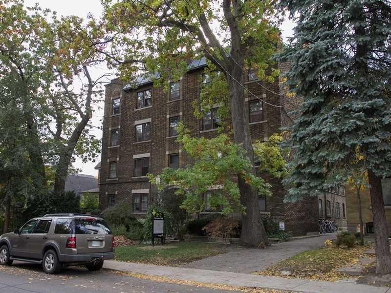 210 Wychwood Ave - C5077699 - $1,799