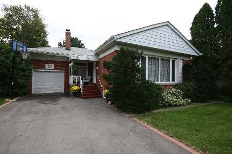 - Firwood Cres - W1481737
