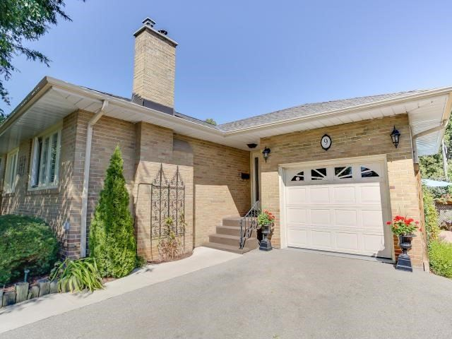- Peacock Ave - W3594742