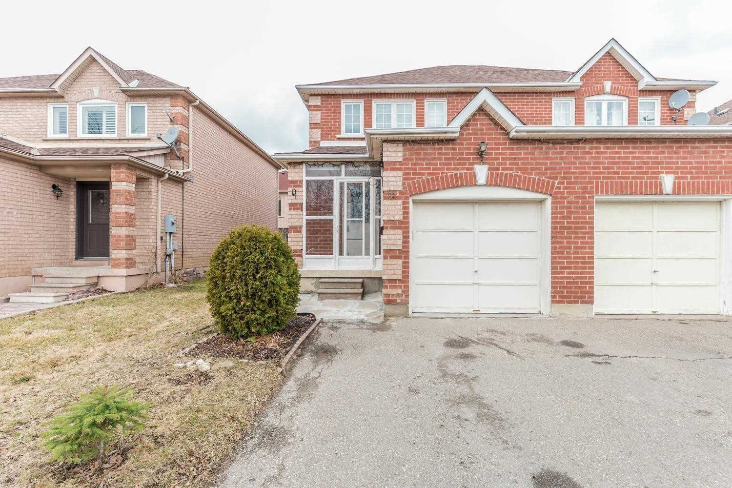 - Carrie Cres - W4735761