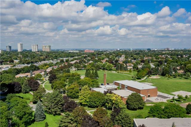 - Old Sheppard Ave - C4250795