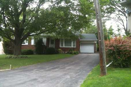 - Perry Cres - W2141796
