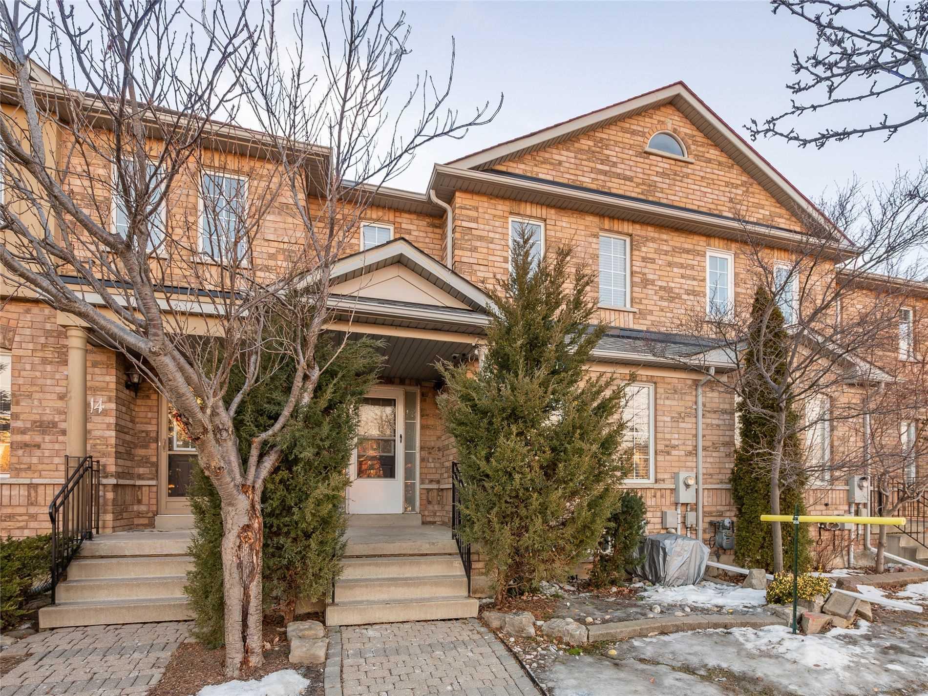 16 Castle Park Blvd - N5135906- $889,000