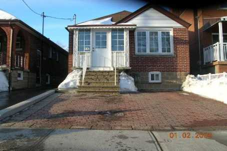 - Earlsdale Ave - C1550965