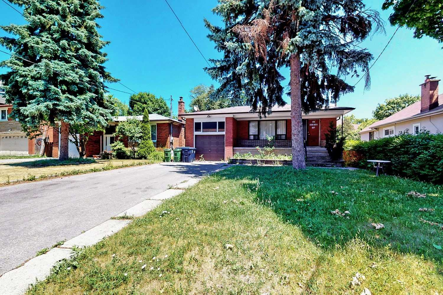 449 Kenneth Ave - C4803991 - $1,499,000